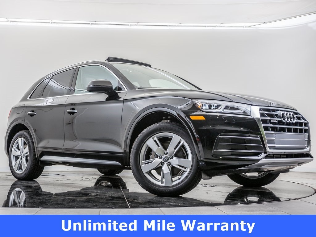 Pre-Owned 2018 Audi Q5 2.0T Premium Plus quattro, Upgraded 19-Inch Wheels