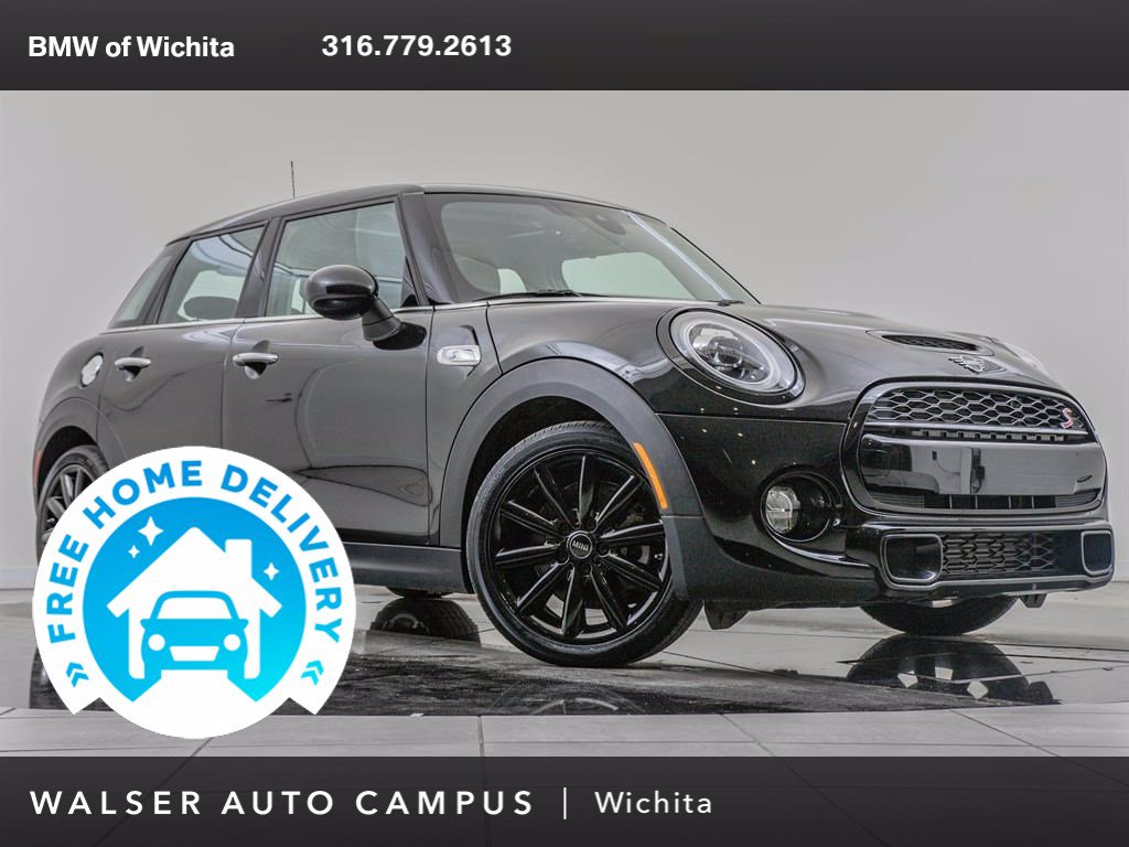 Pre-Owned 2019 MINI Cooper S Hardtop 4 Door Signature Trim Package