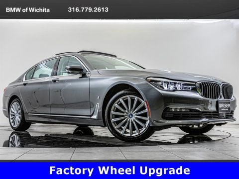 Pre-Owned 2018 BMW 7 Series 740e xDrive iPerformance, Hybrid