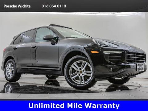 Pre-Owned 2016 Porsche Cayenne Upgraded Wheels