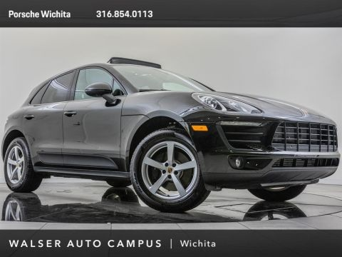 Pre-Owned 2018 Porsche Macan 18-Inch Wheels